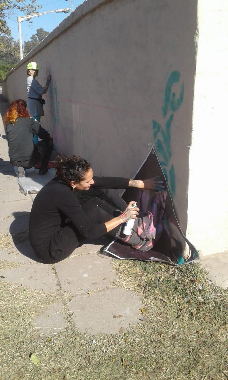 Actividades por los 60 años de AEC - Pintada de Mural - 11